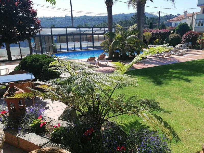 hotel o grove verano nuevas patio 2